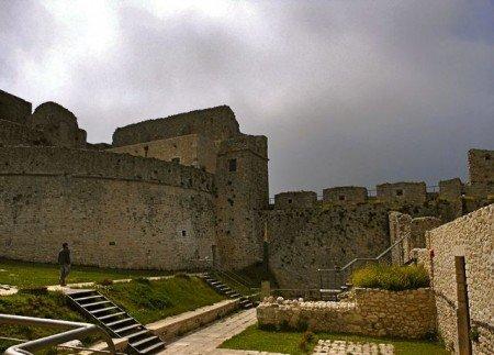Castello Monte Sant'Angelo, Puglia