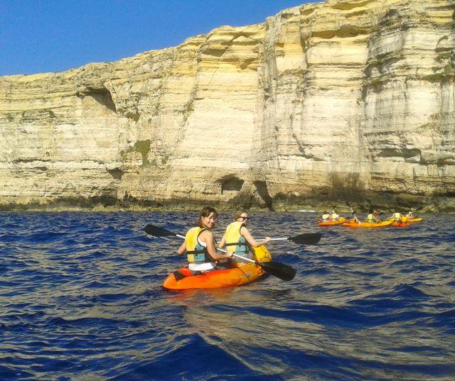 Kayaking a Gozo, Malta