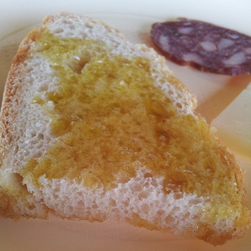 pane e olio perticaia, Montefalco Umbria