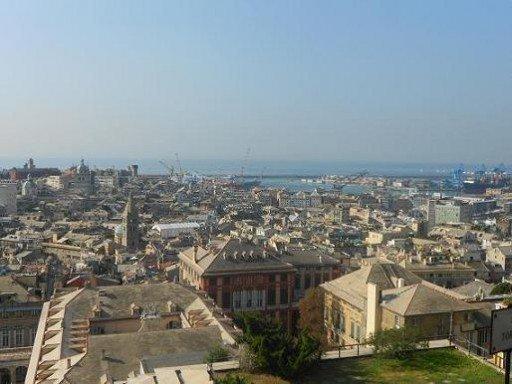 I tetti di Genova da Spianata Castelletto