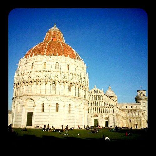 il Battistero di Pisa, Piazza dei Miracoli