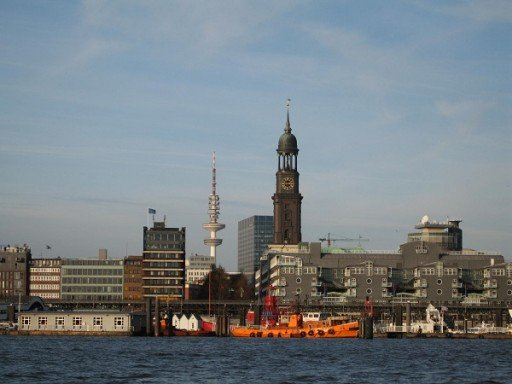 Amburgo vista dal porto_mod