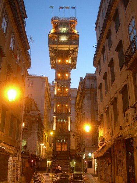 4-Lisbona-Baixia-Elevator