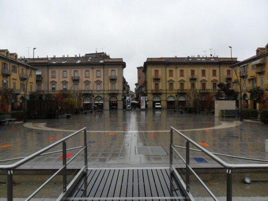Piazza Savona Alba
