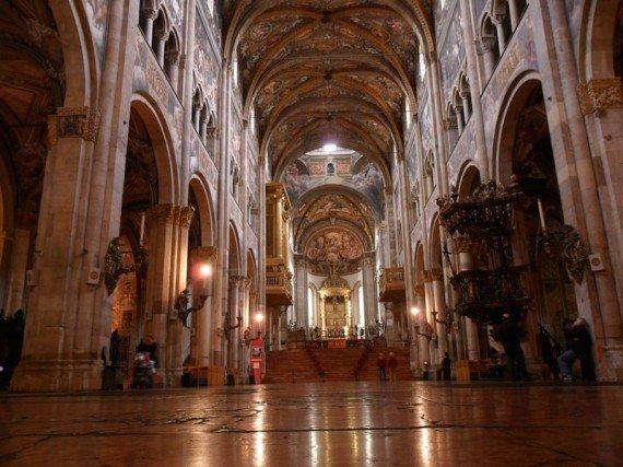 Interno Cattedrale Parma