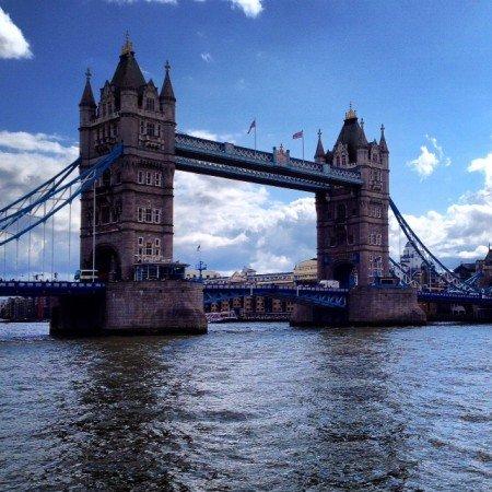 Tower bridge dalla parte est