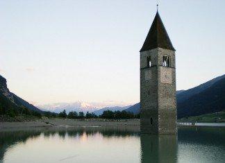Lago Resia - posti strani italia