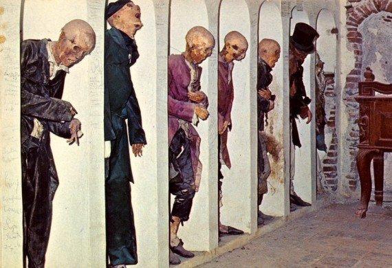 mummie Savoca - posti strani italia