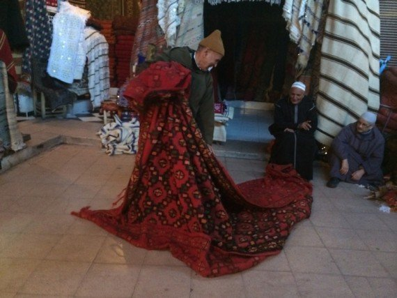 Tappeti Berberi Marrakech: Marrakech una città ai confini ...