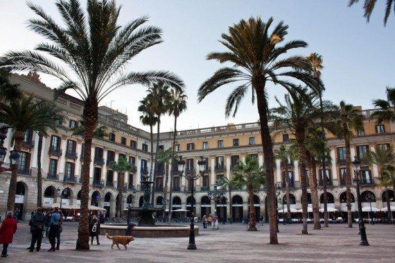 Plaza Reial Barcellona oggi