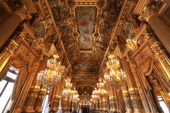 Opera House Parigi shutterstock_96699580