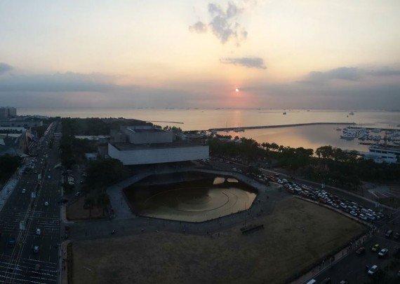 tramonto su Manila Bay