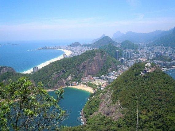 La vista di Rio de Janeiro dal Corcovado e dal Pan d'Azucar.
