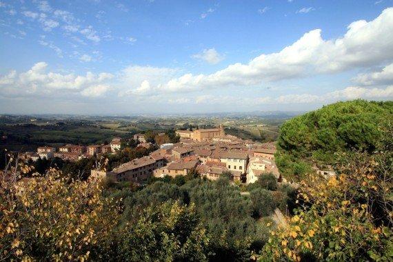 San Gimignano, borghi Toscana shutterstock_232401451(1)