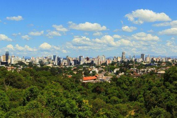 Curitiba Brasile shutterstock_231735454