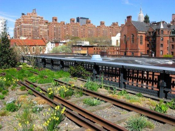 New York, vecchia High Line shutterstock_136637951