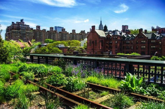 New York, vecchia High Line shutterstock_139963210