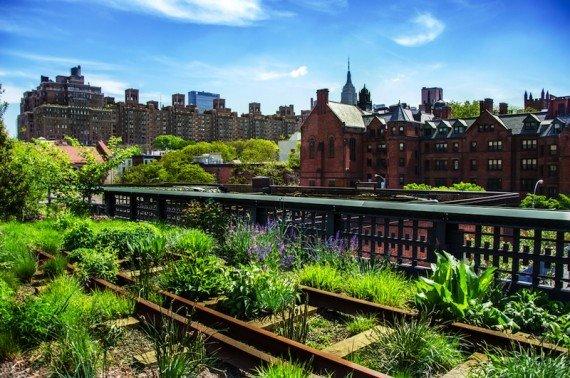 New York, vecchia High Line shutterstock_139963210