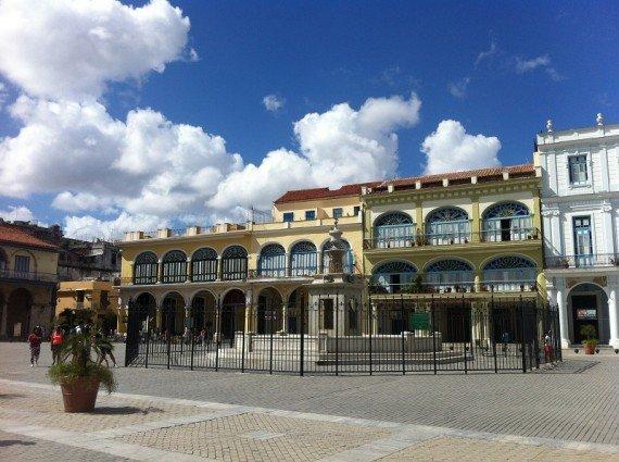 piazza Vieja, viaggio a cuba