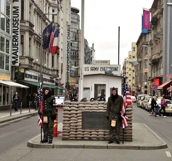 check point charlie attrazioni berlino est