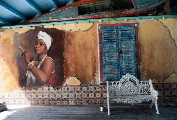 Habana Vieja shutterstock_211602022