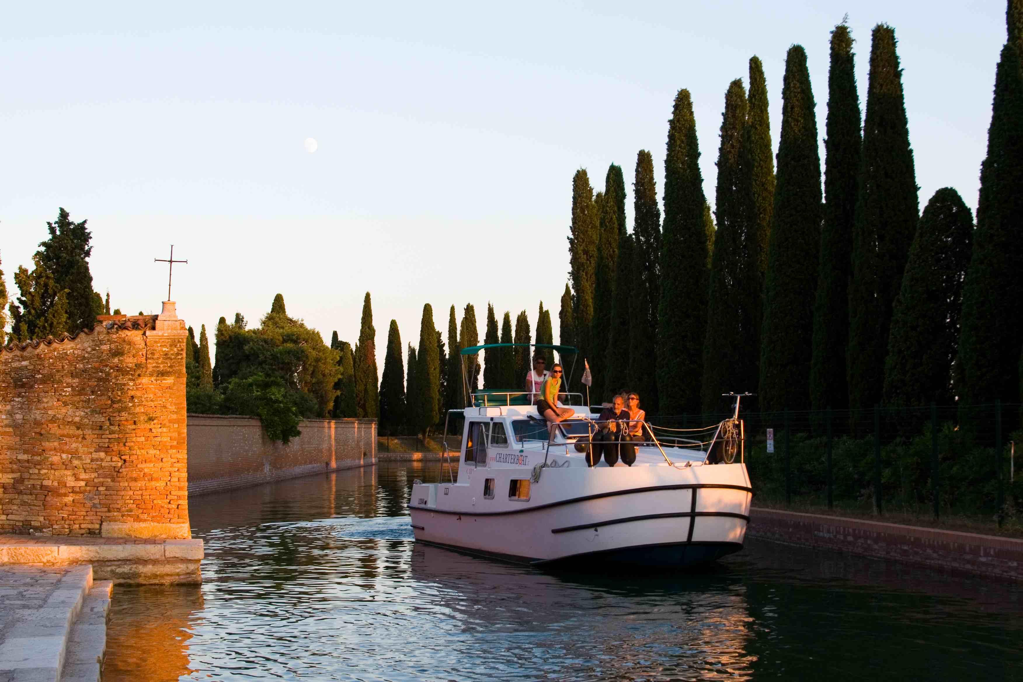 IMG_1796Avventura noleggio barche Venezia