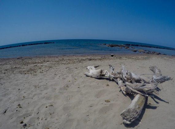 lazio spiaggia deserta Roma
