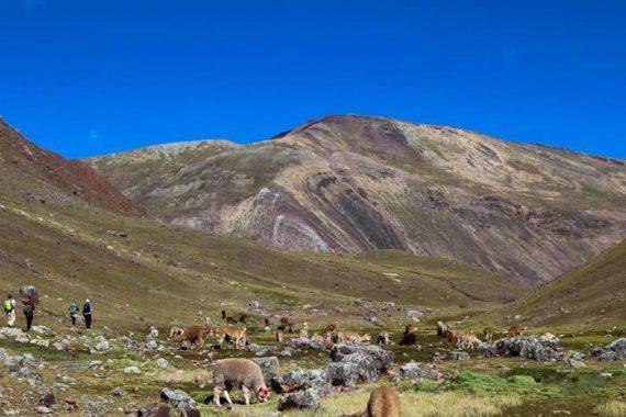 montagna-colorata-in-peru-1