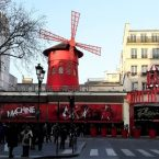 Moulin Rouge mountmartre Francia Parigi