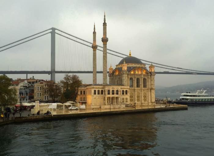 Ortakoy e il ponte sul Bosforo