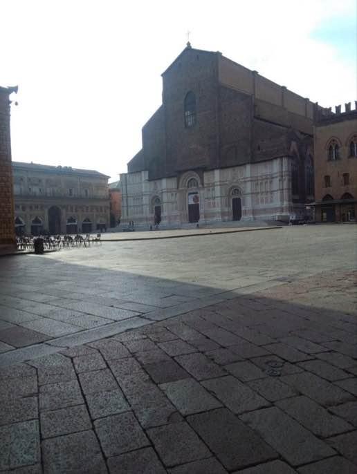 piazza maggiore bologna 10 cose da fare e vedere