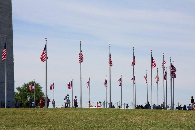 Bandierer americane al cimitero