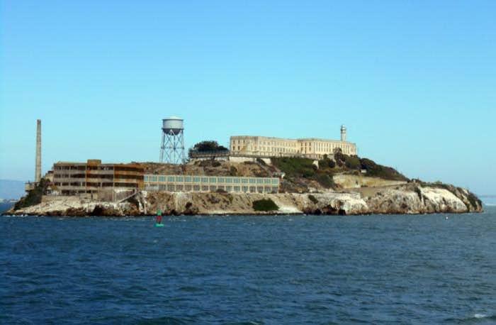 Vista di Alcatraz dalla nave