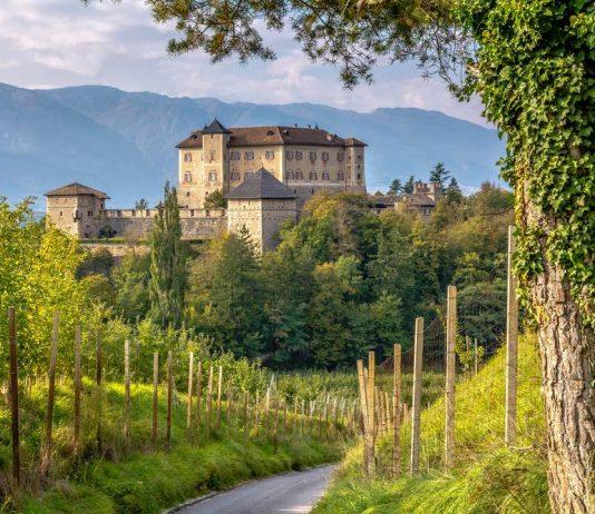 Castel Thun, foto di lorenza62 / Shutterstock.com