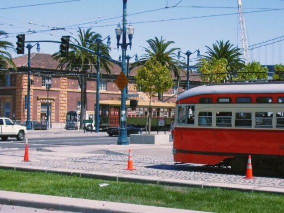 Servizio di filobus che copre l'intera area urbna di San Francisco (-MUNI-SFTMA)