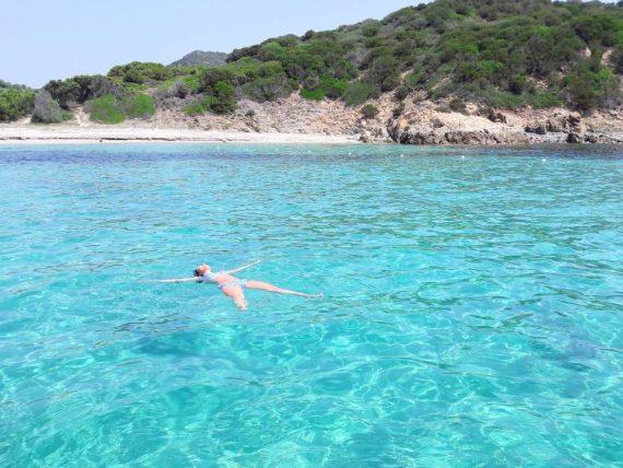Isola dei Cavoli, Spiaggia di Cuccureddus