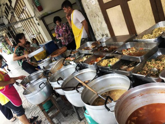 Wat Pho - La Mattina- street Food