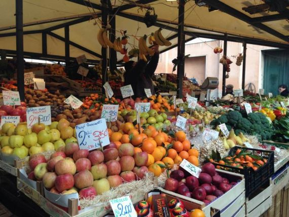 mercato  a Venezia
