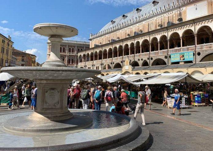Piazza delle Erbe Padova da vedere
