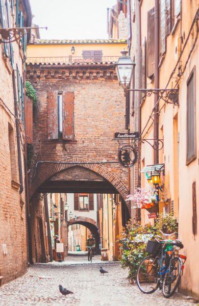 Ferrara Volte