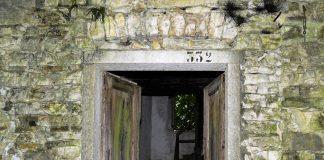 fumegai il villaggio abbandonato